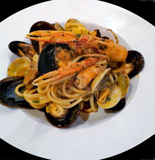 spaghetti  pasta  seafood