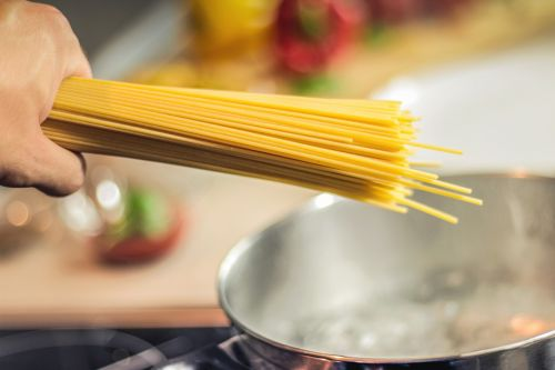 spaghetti pasta noodles