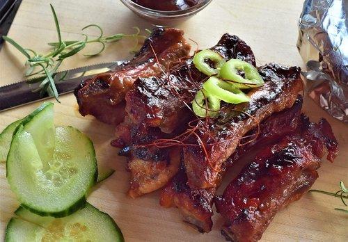 spare ribs  ribs  pork
