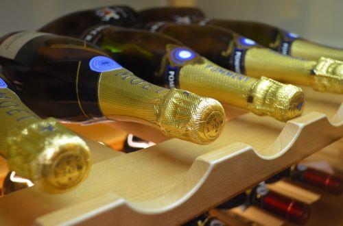 sparkling wine bar bottle
