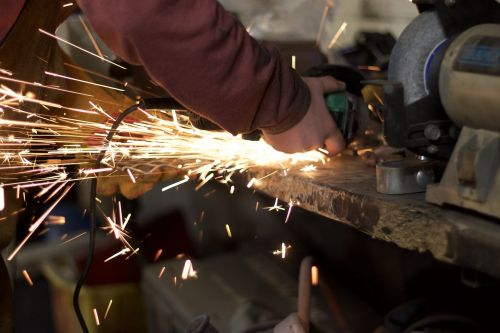 sparks grind metal