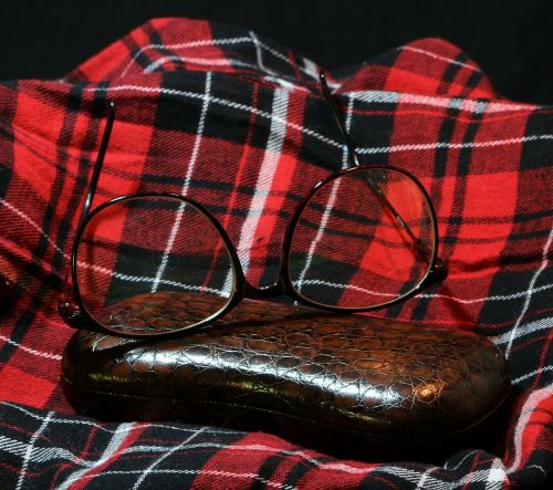 spectacles glasses flannel