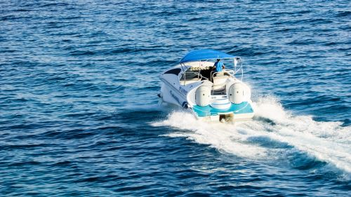 speed boat sea water