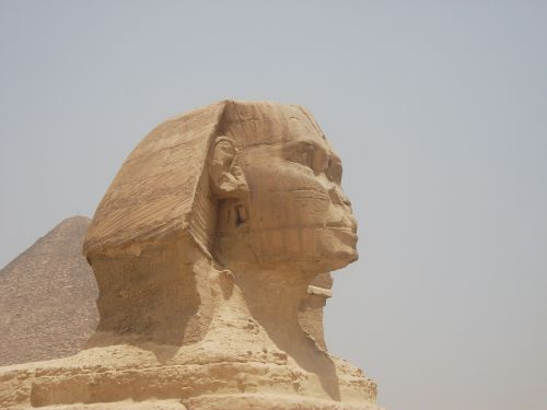 sphinx pyramid egypt