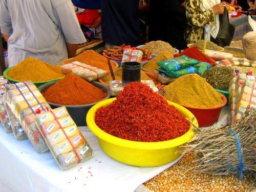 spices tunisia market