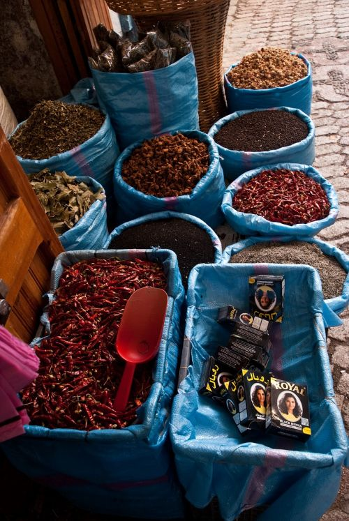 spices morocco blue