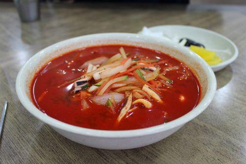 spicy seafood gyo-dong but chun lu
