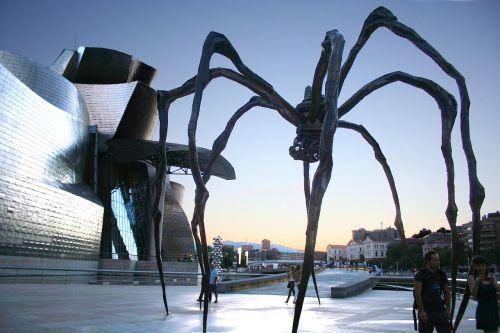 spider bilbao guggenheim