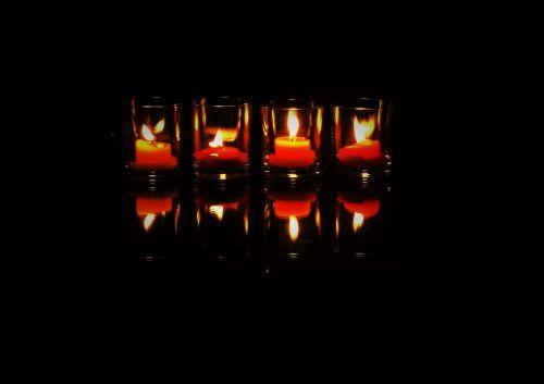 spieglung lights candles