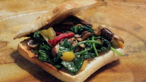 spinach brie mushroom