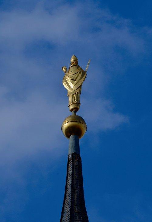 spire  bishop  gold