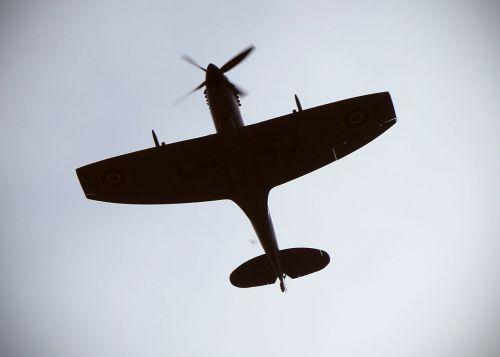 spitfire plane av