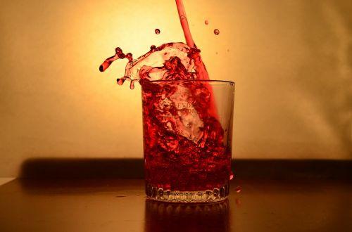 splash glass liquid