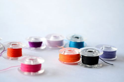spools thread sewing