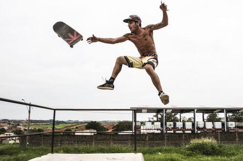 sport skateboard fly