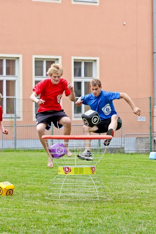 sport guys jump