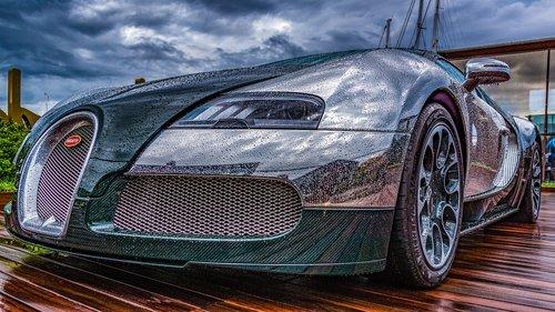 sports car  bugatti  raindrop