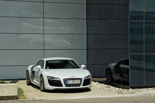 sports car audi r8
