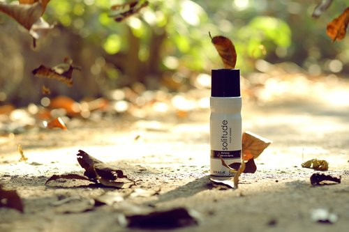 spray  deodorant  fragrance