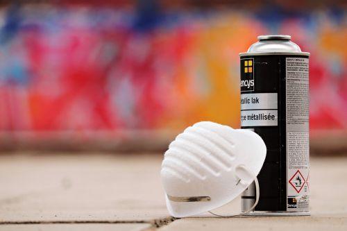 spray cans graffiti sprayer
