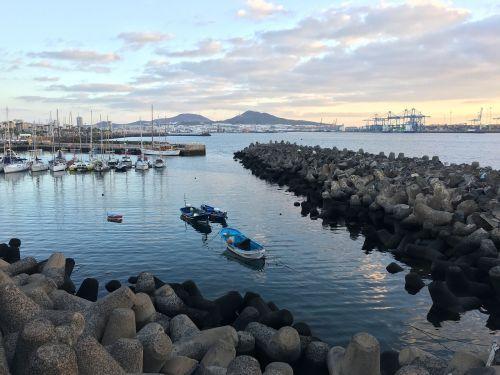 pavasaris,valtis,burlaivis,uostas,jūra,burlaiviai,dangus,barca,naršyti,vanduo,švarta valtis,jachtos,žvejybos laivas,burinė valtis,laivai,marina,costa,žvejyba