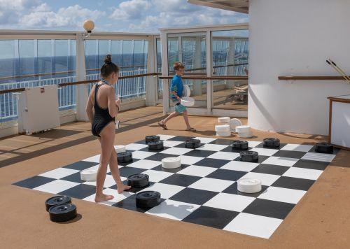 spring break children checkers