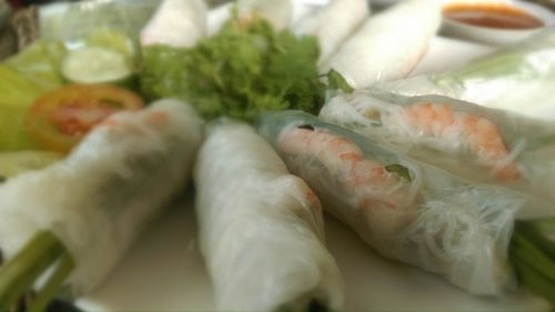 spring rolls food vietnam