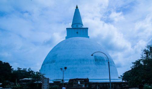 sri lanka buddhist stupa