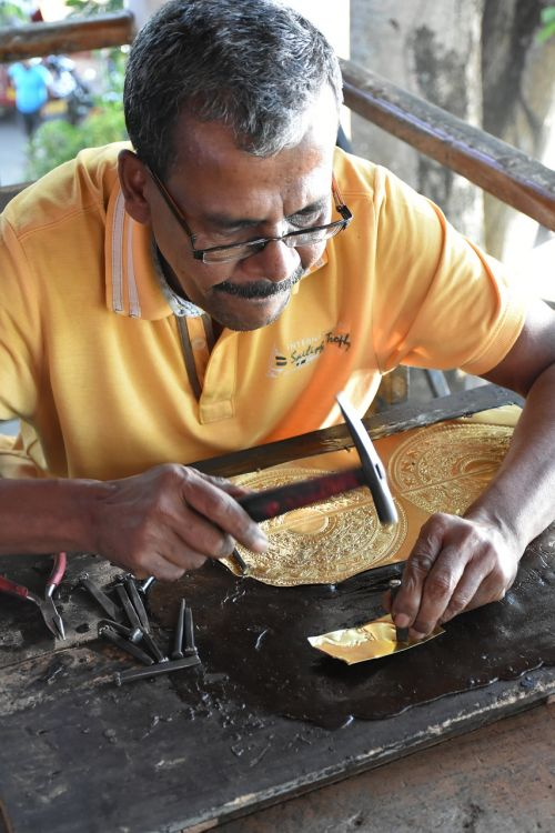 sri lanka arts and crafts copper