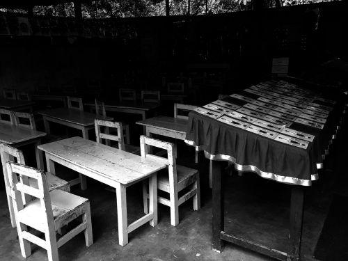 srilanka school chair