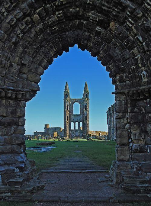 st andrews,golfas,Škotija,fife,dangus,kraštovaizdis,uk,žinomas,senovės,turizmas,jūra,akmuo,karalystė,škotų,gamta,kelionė,karališkasis