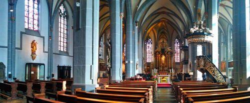 st lambertus,Diuseldorfas,bažnyčia,bazilika,garbinimo namai,altorius,katalikų,katalikų bažnyčia,Romos katalikų,bažnyčios pews,religija,kolegiali bažnyčia,melstis,tikėjimas