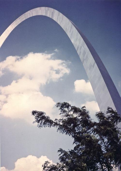 st louis arch gateway