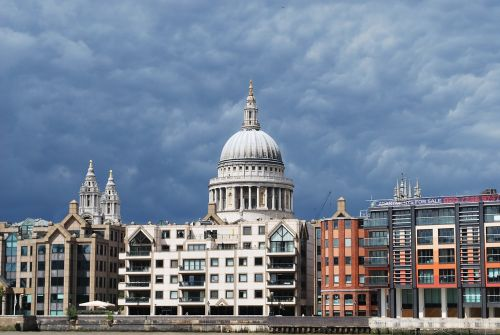 st paul's cathedral thames london