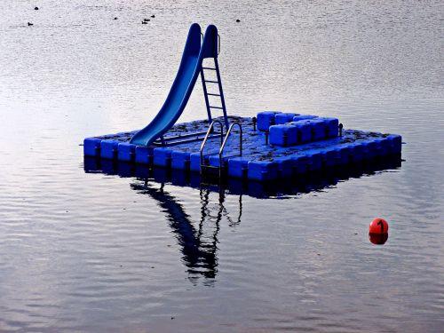 stadtparksee lake play pontoon children