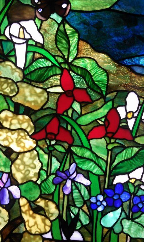 dažytos,stiklas,menas,langas,bažnyčia,koplyčia,katedra,spalva,šviesa,šviesus,gyvas,spalvinga,gėlės,gėlių,lelija,dizainas,meno kūriniai,dekoratyvinis,apdaila