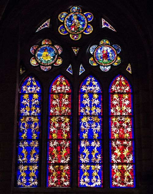 stained glass window cathedral colres