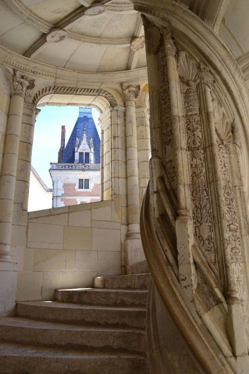 staircase spiral staircase château de blois