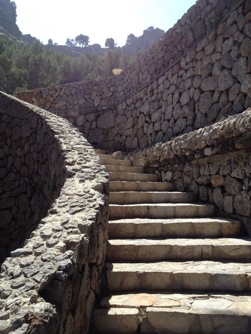 stairs gradually emergence