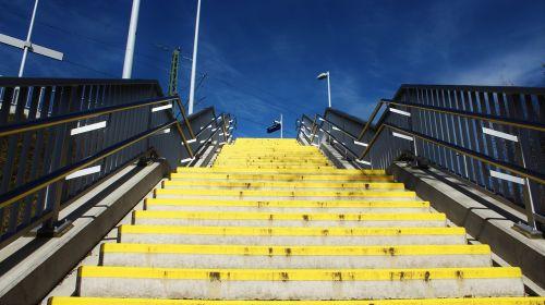 laiptai,geltona,pakilti,palaipsniui,ochros spalvos