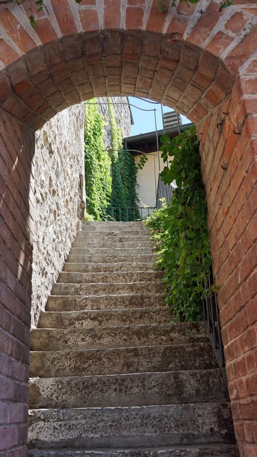 stairs sirmione garda