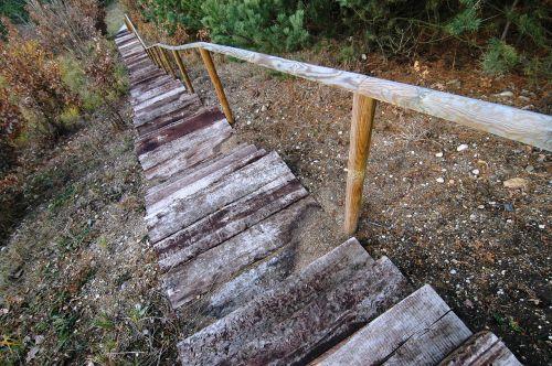 stairs wood leak