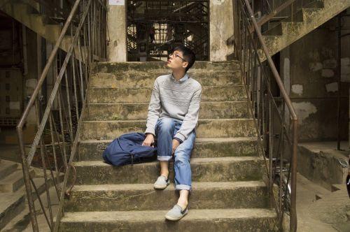 stairs men guangxi