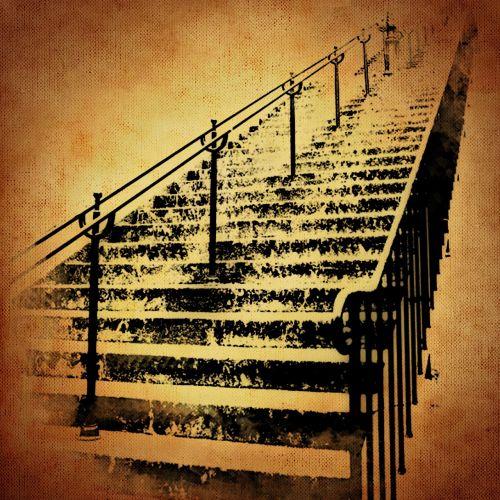 laiptai, palaipsniui, sirrealis