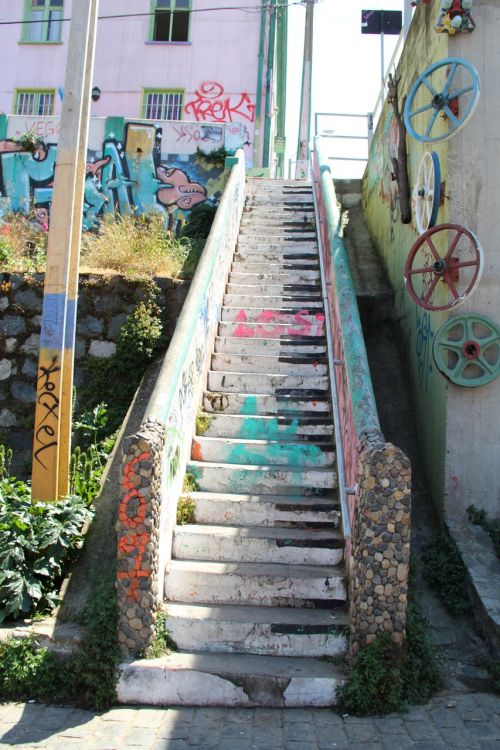 stairs urban art valparaiso