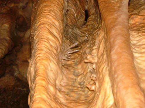 stalactite crystal kalcittű
