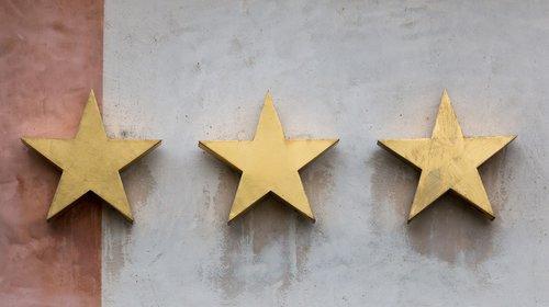 star  three  gold
