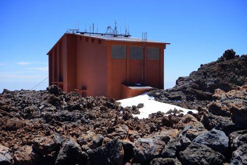 stotis,kabelinė stotis,kabelis,teleférico del teide,namai,namelis,raudona,teide,pico del teide,teyde,Teide nacionalinis parkas,Tenerifė,Kanarų salos