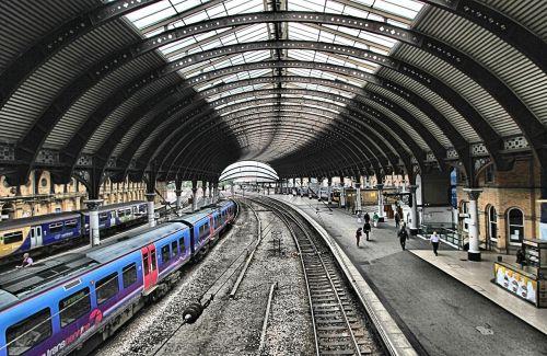 station train city