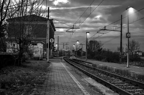 station train rails